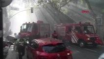 Kabataş Erkek Lisesi Bahçesinde Yangın Kontrol Altına Alındı