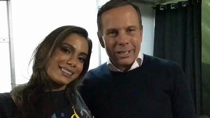 Anitta, que não se posiciona sobre Bolsonaro, fez propaganda para Doria e Eduardo Paes