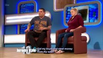Jeremy Demonstrates Safecracking | The Jeremy Kyle Show