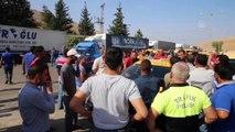 Cilvegözü Sınır Kapısı önünde taksici eylemi - HATAY