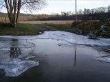 Vague de Froid du 14 au 24 decembre 2007 Les cours d'eau commencent � geler !!!!!