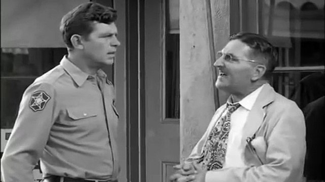 The Andy Griffith Show S03E04 Andy and Opie Bachelors