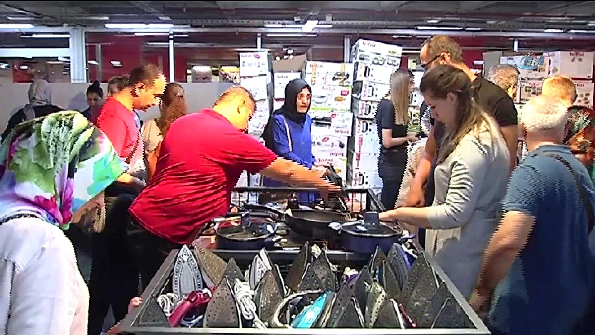 Vatandaşlar '212 Fırsat Garajı'na yoğun ilgi gösterdi