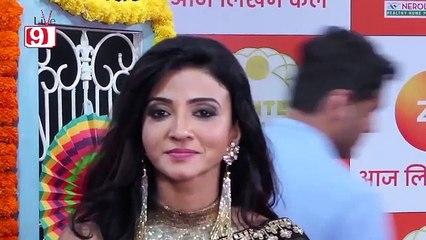 Aap Ke Aa Jane Se FAME Suhasi Dhami aka Vedika at Zee Rishtey Awards 2018 - Red Carpet.