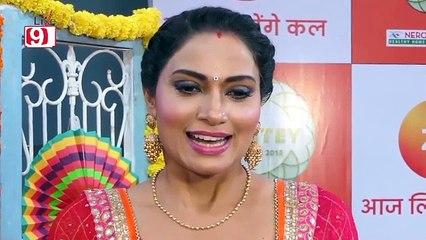 Silsila Badalte Rishton Ka - Aditi Sharma at Zee Rishtey Awards 2018 - Red Carpet.