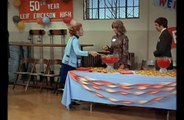 The Mary Tyler Moore Show S02E08 Thoroughly Unmilitant Mary