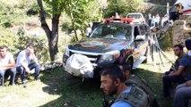 Minibüs uçuruma yuvarlandı: 3 ölü, 3 yaralı - GÜMÜŞHANE