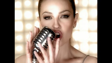 Thalia - Cantando Por Un Sueño