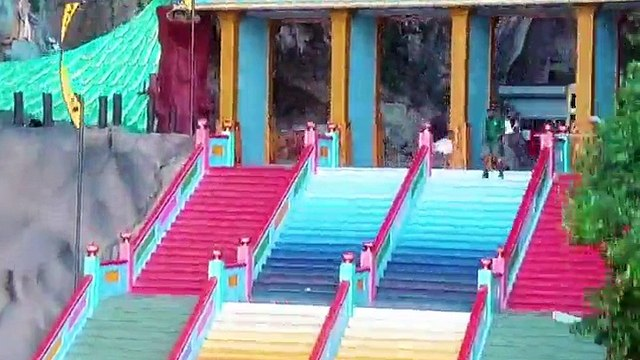 Famous Malaysian tourist attraction reveals incredible rainbow makeover