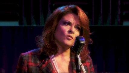 Rosanne Cash - I'm Movin' On