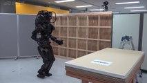 Démonstration du nouveau robot humanoide HRP-5P