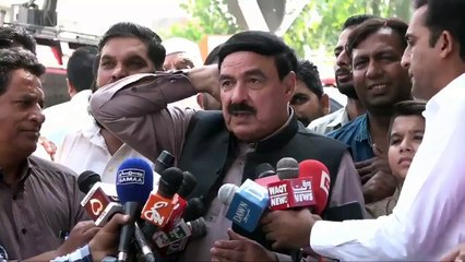 Funny Talks of Sheikh Rasheed With Reporters