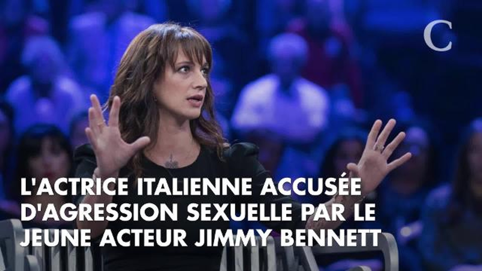 Asia Argento rejette encore une fois les accusations d'agression sexuelle de Jimmy Bennett :