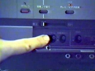 Ray Glasser demos the Japanese SL-J7 Sony Betamax - 1980!!