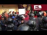 Enfrentamiento entre manifestantes y policías en Centro Histórico / Andrea Newman