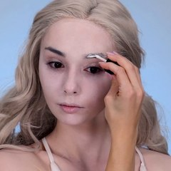 Brrrrr - You'll Get the Chills Watching This Enchanting Snow Queen Transformation