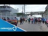 Campesinos bloquean y provocan caos en carretera de Hidalgo