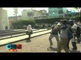 Manifestantes incendian el Ayuntamiento de Iguala