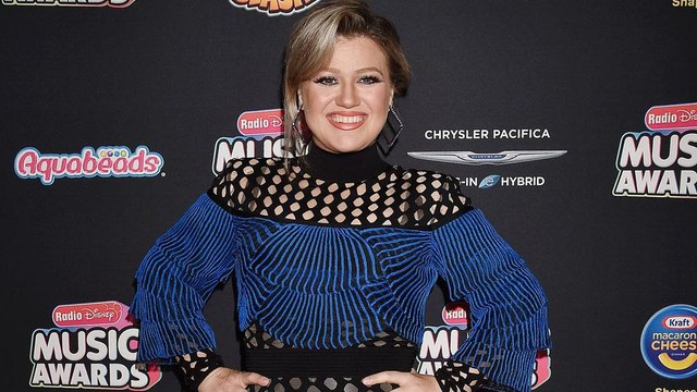Kelly Clarkson joins Trolls World Tour