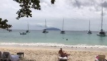 Beau Vallon is preparing for annual regatta in Seychelles! Don't miss! Come and see it at the end of September!#savoyseychelles #seychelles #islandparadise #b