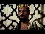 En Moisés y los Diez Mandamientos comienza la batalla por llegar a tierra santa.