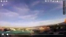 Un drone survole un avion de ligne en train d'atterrir... Un peu flippant non?!