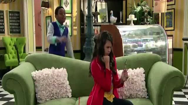 The Haunted Hathaways S01E10 Haunted Interview