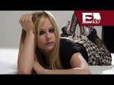 Avril Lavigne cobra 400 dólares por fotografia con sus fans / Joanna Vegabiestro