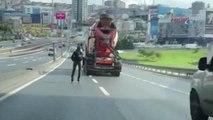 Patenli Gencin Trafikte Ölümle Dansı Kamerada
