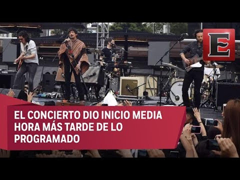 Zoé presentó su álbum 'Aztlán' a las afueras del Metro Insurgentes