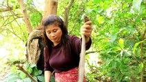 Primitive Technology - Cooking Snake egg by Girl At river - Egg snake Eating Delicious