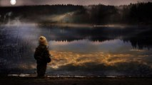 Thoughts on the Nocturnal Lake of a Little Wandering Poet  | Quiet music