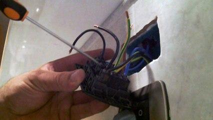 come inserire una nuova presa elettrica nella stessa scatola