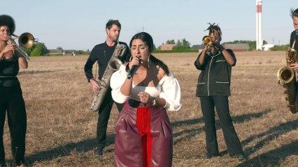 Nili Hadida - Covered In Luck (Unplugged #1)