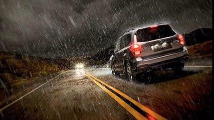 Tips Berkendara di Malam Hari Saat Hujan