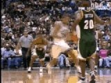 NBA BASKET BALL - Tony Parker For Tim Duncan Alley-Hoop
