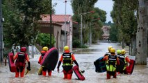 """""""Je suis resté pendant trois heures sur mon toit"""", raconte un habitant de Villemoustaussou, victime des inondations dans l'Aude"""