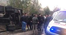 Edirne'de Askerleri Taşıyan Servis Kaza Yaptı, 13 Asker Yaralandı