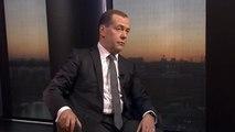 """Medvedev dénonce une """"hystérie anti-russe aux Etats-Unis"""""""