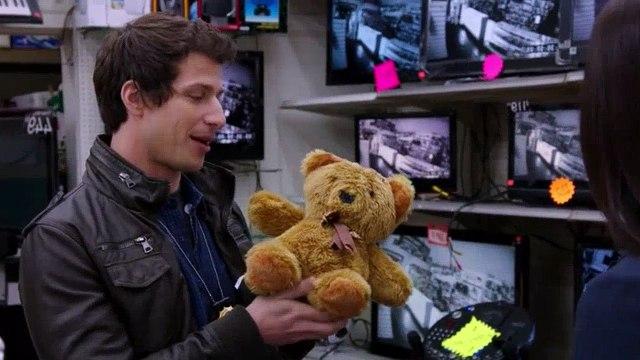 Brooklyn Nine-Nine S01E01 Pilot