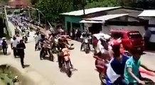 Habitantes de Waslala  en la Región Autónoma de la Costa Caribe Norte de  Nicaragua, salen a las calles  en caravanas de  motocicletas  exigiendo la libertad  d