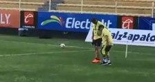 Maradona'nın Doktoru Ochoa, Efsane İsmin Ameliyat Olmaması Durumunda Yürüme Yetisini Kaybedebileceğini Söyledi