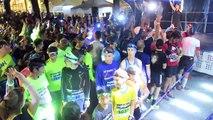 L'échauffement du 10 km (300 m D+), la course la plus populaire avec 1000 participants au départ, et du 4 km pour 50 jeunes concurrents.