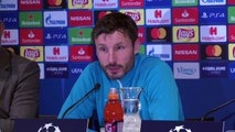 """Ambient: """"If Kane doesn't score others will"""" Van Bommel"""