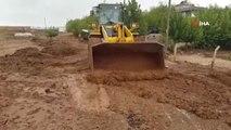Selin Vurduğu Samsat'ta Hasar Tespiti Yapılıyor
