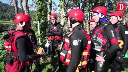 Pompiers français et espagnols travaillent main dans la main