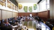 Questions à Thani MOHAMED SOILIHI (Sénateur Mayotte) - Services publics Outre-mer