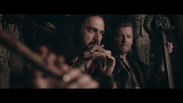 Corvus Corax - Wild und frei (die Hexe Runa)