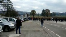Migrants, refugees clash with Bosnian police on Croatian border