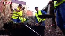 Des collégiens viennent aider les sinistrés de l'Aude